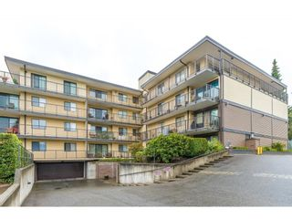 """Photo 1: 401 32110 TIMS Avenue in Abbotsford: Abbotsford West Condo for sale in """"Bristol Court"""" : MLS®# R2612152"""