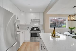 """Photo 4: 206 330 W 2ND Street in North Vancouver: Lower Lonsdale Condo for sale in """"LORRAINE PLACE"""" : MLS®# R2604160"""