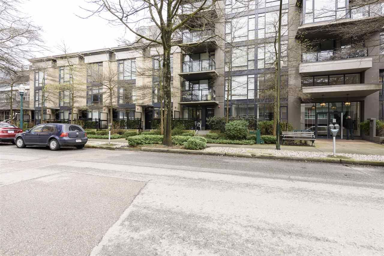 Photo 26: Photos: 1644 W 7TH AVENUE in Vancouver: Fairview VW Townhouse for sale (Vancouver West)  : MLS®# R2543861