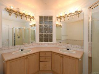Photo 11: 502 510 Marsett Pl in Saanich: SW Royal Oak Row/Townhouse for sale (Saanich West)  : MLS®# 839197