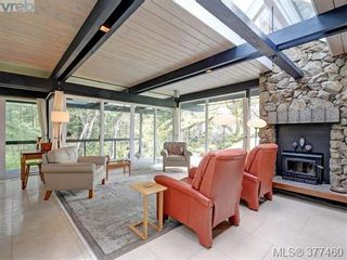Photo 3: 4513 Edgewood Pl in VICTORIA: SE Broadmead House for sale (Saanich East)  : MLS®# 757832
