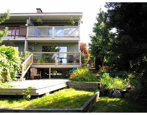 Main Photo: 615 CHESTERFIELD AV in North Vancouver: Lower Lonsdale 1/2 Duplex for sale : MLS®# V559556