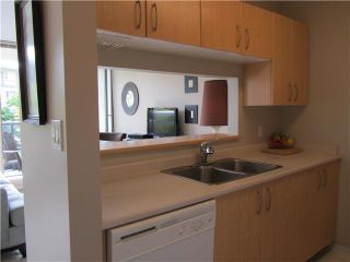 """Photo 10: 217 3588 CROWLEY Drive in Vancouver: Collingwood VE Condo for sale in """"NEXUS"""" (Vancouver East)  : MLS®# V1028847"""