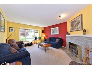 Photo 8: 4806 Sunnygrove Pl in VICTORIA: SE Sunnymead House for sale (Saanich East)  : MLS®# 728851