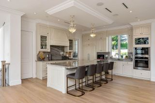 Photo 13: 14020 MARINE Drive: White Rock House for sale (South Surrey White Rock)  : MLS®# R2478365