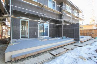 Photo 37: 2410 54 Avenue SW in Calgary: North Glenmore Park Semi Detached for sale : MLS®# A1082680