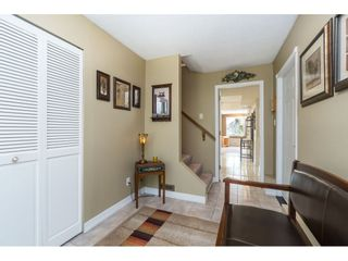 Photo 3: 18222 58B Avenue in Surrey: Cloverdale BC House for sale (Cloverdale)  : MLS®# R2395473