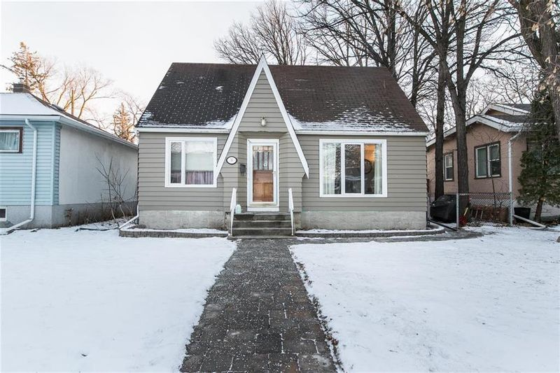 FEATURED LISTING: 56 Cunnington Avenue Winnipeg