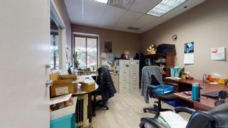 Photo 5: 102 2517 Bowen Rd in : Na Diver Lake Business for sale (Nanaimo)  : MLS®# 869376