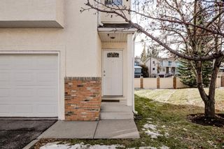 Photo 4: 324 Prominence Heights SW in Calgary: Patterson Row/Townhouse for sale : MLS®# A1071235