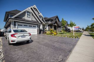 Photo 2: 14671 63 Avenue in Surrey: Sullivan Station House for sale : MLS®# R2062504