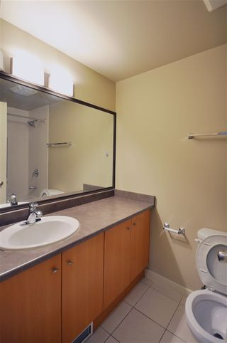 Photo 10: 1702 511 ROCHESTER AVENUE in Coquitlam: Coquitlam West Condo for sale : MLS®# R2453972