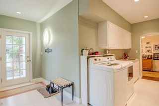 Photo 25: 2726 Montcalm Crescent in Calgary: Upper Mount Royal Detached for sale : MLS®# A1072470