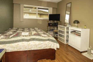 """Photo 9: 6489 IMPERIAL Street in Burnaby: Upper Deer Lake 1/2 Duplex for sale in """"UPPER DEER LAKE"""" (Burnaby South)  : MLS®# R2567317"""