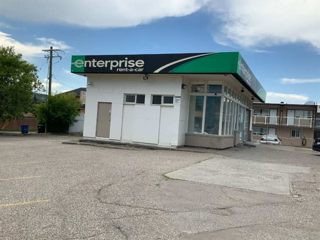 Main Photo: 4603 16 Avenue NW in Calgary: Montgomery Retail for sale : MLS®# A1022848