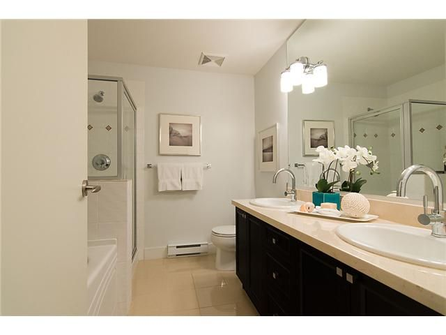"""Photo 8: Photos: 2618 QUEBEC Street in Vancouver: Mount Pleasant VE Townhouse for sale in """"MAISON"""" (Vancouver East)  : MLS®# V978938"""