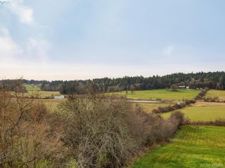 Photo 30: 1217 Mt. Newton Cross Rd in SAANICHTON: CS Inlet House for sale (Central Saanich)  : MLS®# 836296