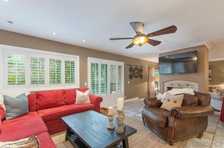 Photo 6: MOUNT HELIX House for sale : 4 bedrooms : 4326 Calavo Drive in La Mesa