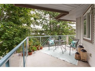 """Photo 11: 319 22150 48 Avenue in Langley: Murrayville Condo for sale in """"Eaglecrest"""" : MLS®# R2494337"""