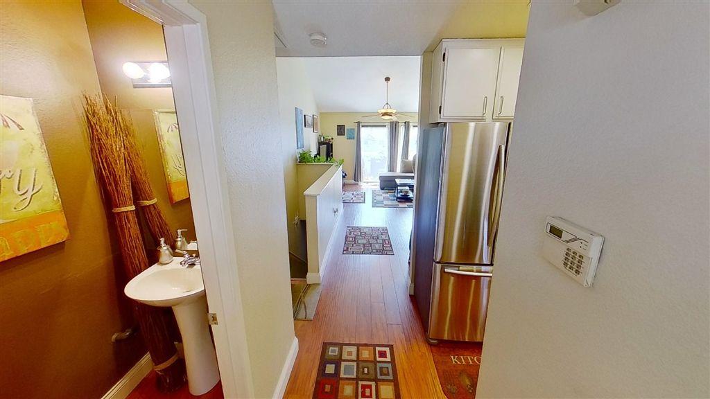 Photo 2: Photos: Condo for sale : 2 bedrooms : 7940 University Ave in La Mesa