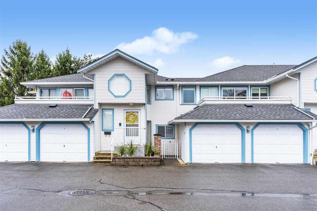 """Main Photo: 9 19797 64 Avenue in Langley: Willoughby Heights Townhouse for sale in """"Cheriton Park"""" : MLS®# R2556903"""