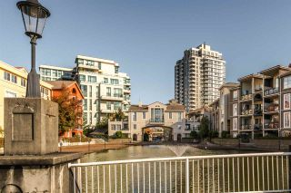 """Photo 13: 1306 1 RENAISSANCE Square in New Westminster: Quay Condo for sale in """"THE Q"""" : MLS®# R2215317"""