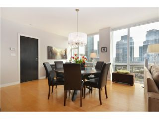 """Photo 1: # 704 1455 HOWE ST in Vancouver: Yaletown Condo for sale in """"POMARIA"""" (Vancouver West)  : MLS®# V1010474"""