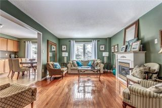 Photo 5: 59 Norland Circle in Oshawa: Windfields House (2-Storey) for sale : MLS®# E3818837