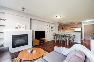 """Photo 7: 301 4723 DAWSON Street in Burnaby: Brentwood Park Condo for sale in """"COLLAGE"""" (Burnaby North)  : MLS®# R2619378"""