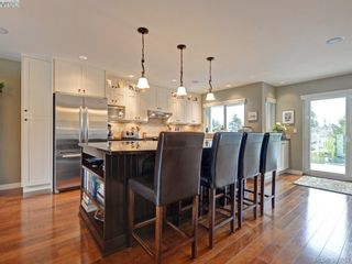 Photo 6: 4902 Alamida Cres in VICTORIA: SE Cordova Bay House for sale (Saanich East)  : MLS®# 763407