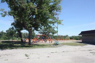Photo 6: 131 Lisgar Avenue in Winnipeg: Point Douglas Residential for sale (4A)  : MLS®# 202120464