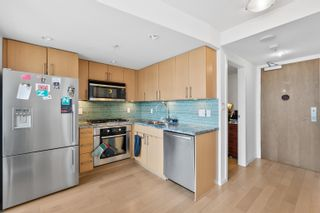 Photo 8: 906 1887 CROWE Street in Vancouver: False Creek Condo for sale (Vancouver West)  : MLS®# R2617531