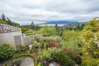 "Photo 23: 5296 MEADFEILD Road in West Vancouver: Upper Caulfeild Condo for sale in ""Sahalee"" : MLS®# R2574585"