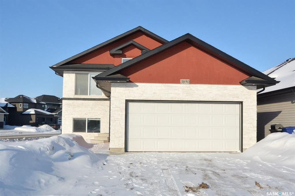 Main Photo: 3890 33rd Street West in Saskatoon: Kensington Residential for sale : MLS®# SK840342