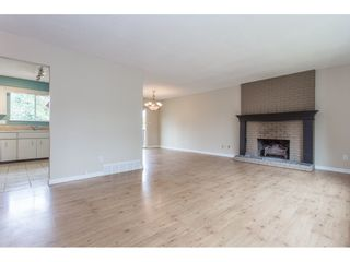 "Photo 4: 7743 SANDPIPER Drive in Mission: Mission BC House for sale in ""West Heights"" : MLS®# R2198601"