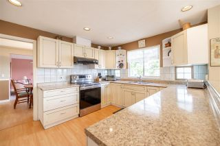 Photo 4: 11830 99A Avenue in Surrey: Royal Heights House for sale (North Surrey)  : MLS®# R2543980