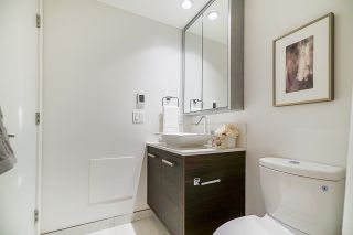 """Photo 21: 2368 ALPHA Avenue in Burnaby: Brentwood Park Townhouse for sale in """"Milano- Brentwood Park"""" (Burnaby North)  : MLS®# R2378825"""