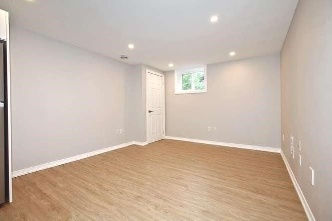 Photo 8: Photos: Lower 14 Furnival Road in Toronto: O'Connor-Parkview House (2-Storey) for lease (Toronto E03)  : MLS®# E4474374
