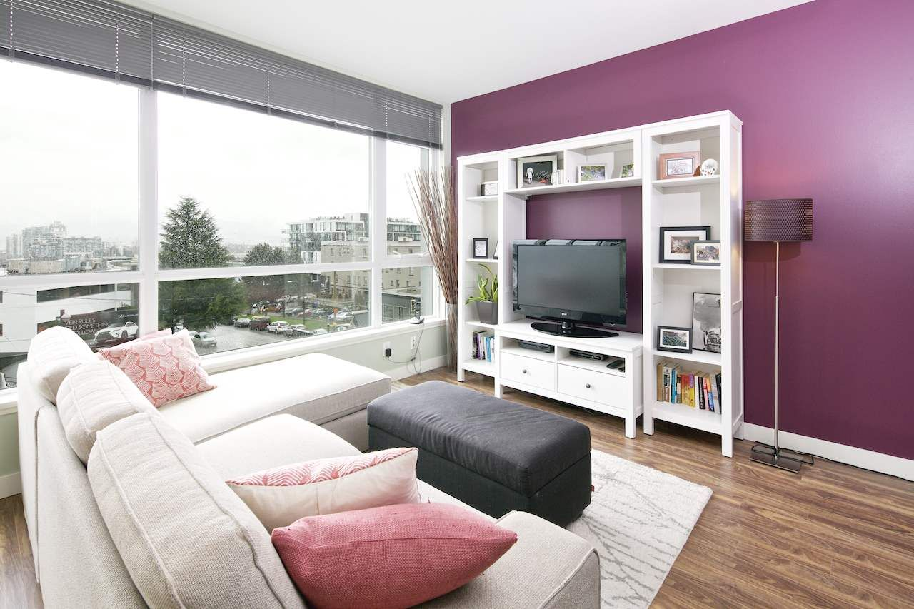 Main Photo: 411 2511 QUEBEC STREET in Vancouver: Mount Pleasant VE Condo for sale (Vancouver East)  : MLS®# R2043369