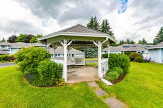 """Photo 27: 89 34959 OLD CLAYBURN Road in Abbotsford: Abbotsford East Townhouse for sale in """"Crown Point Villas"""" : MLS®# R2623831"""