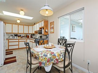 Photo 9: 3053 Chantel Pl in VICTORIA: Co Hatley Park House for sale (Colwood)  : MLS®# 766180