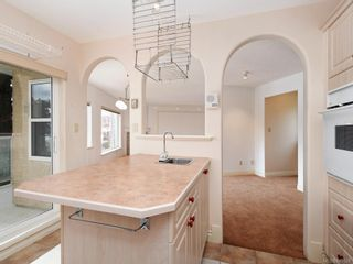 Photo 9: 3 1 Dukrill Rd in : VR Six Mile Row/Townhouse for sale (View Royal)  : MLS®# 845529