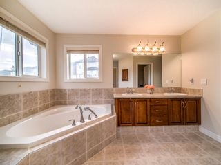 Photo 21: 422 Sherwood Place NW in Calgary: Sherwood Detached for sale : MLS®# A1031042