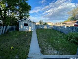 Photo 5: 323 Hall Street in Outlook: Residential for sale : MLS®# SK837687