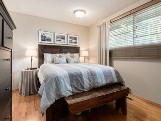 Photo 17: 512 OAKWOOD Place SW in Calgary: Oakridge Detached for sale : MLS®# C4264925