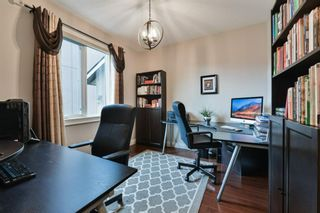 Photo 18: 80 Rockcliff Point NW in Calgary: Rocky Ridge Detached for sale : MLS®# A1150895