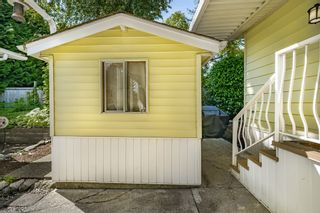 """Photo 39: 2 13507 81 Avenue in Surrey: Queen Mary Park Surrey Manufactured Home for sale in """"Park Boulevard Estates"""" : MLS®# R2460822"""