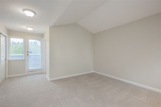 """Photo 11: 1570 BOWSER Avenue in North Vancouver: Norgate Townhouse for sale in """"Illahee"""" : MLS®# R2363126"""