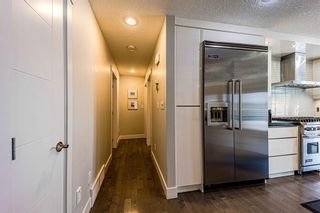 Photo 11: 9 Manor Road SW in Calgary: Meadowlark Park Detached for sale : MLS®# A1116064