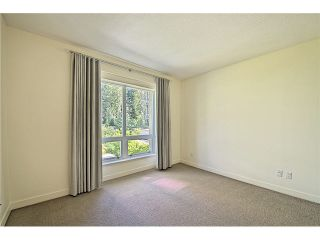 """Photo 11: 104 5838 BERTON Avenue in Vancouver: University VW Townhouse for sale in """"THE WESBROOK"""" (Vancouver West)  : MLS®# V1078429"""